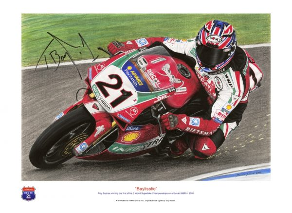 Troy Bayliss on his Ducati 996R