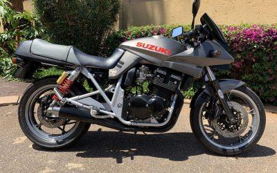 1992 Suzuki GSX 400S Katana