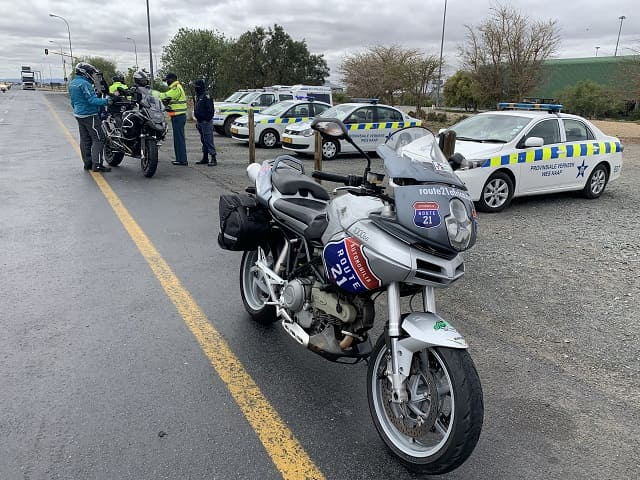 R21 bike stopped by police